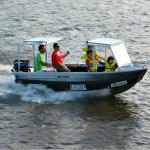 1 0fender boat