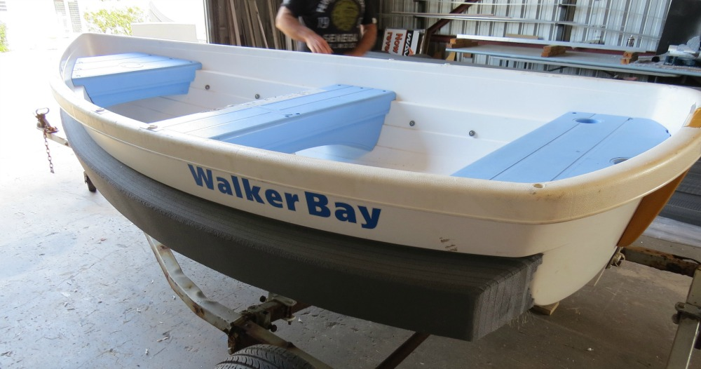 Walker Bay 10 with Mini-33 Collar (an economical alternative to Walker Bay stabilizers).