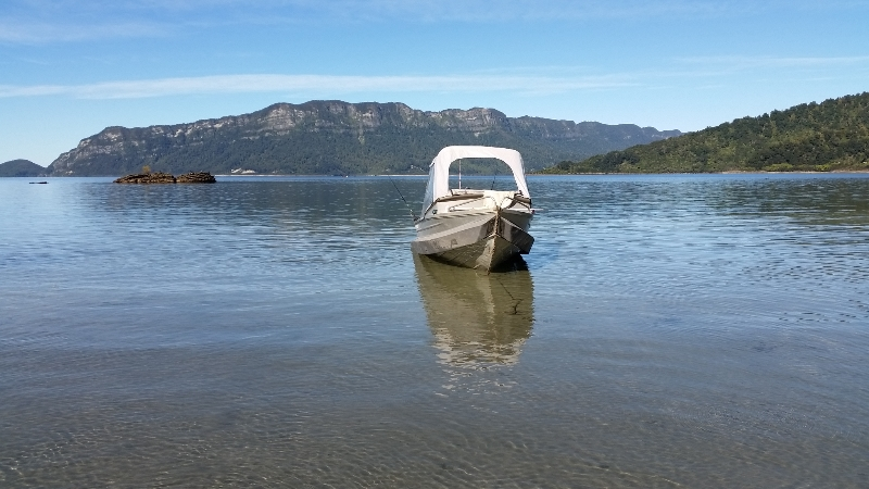 New Zealand boat with stabilizer