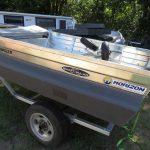 375 Horizon Angler roof-topper